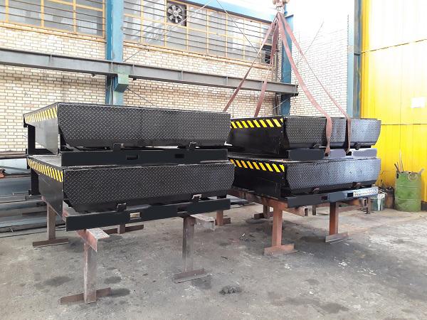همسطح کننده بارانداز (Dock Leveler) صنعت مارکت